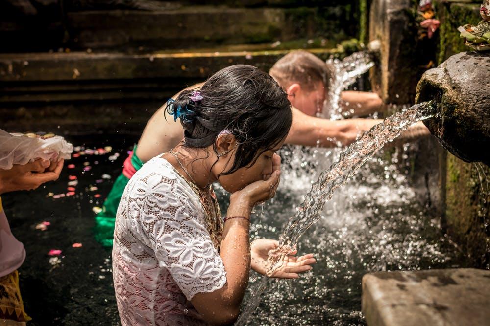 Grabe den Brunnen bevor du durstig bist