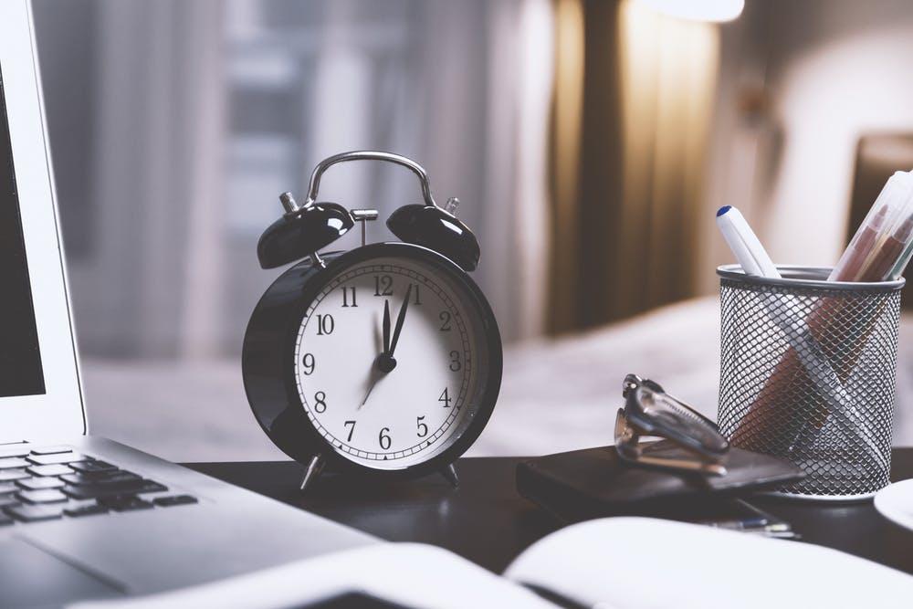 Nur 5 Stunden pro Woche arbeiten